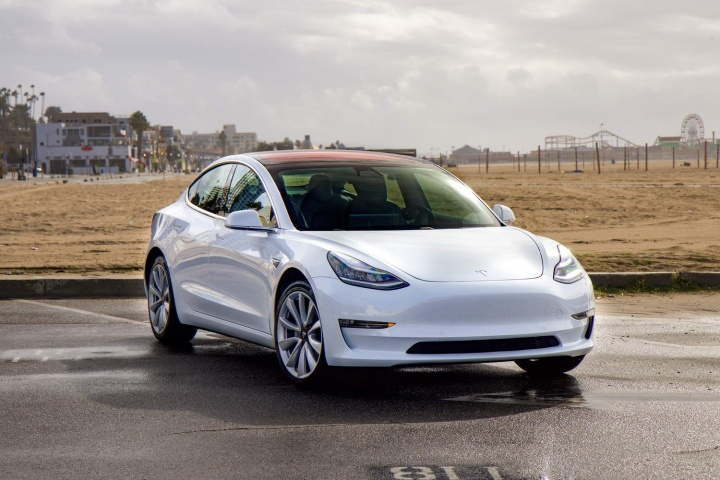 Tesla Model 3 Long-range (2019) review