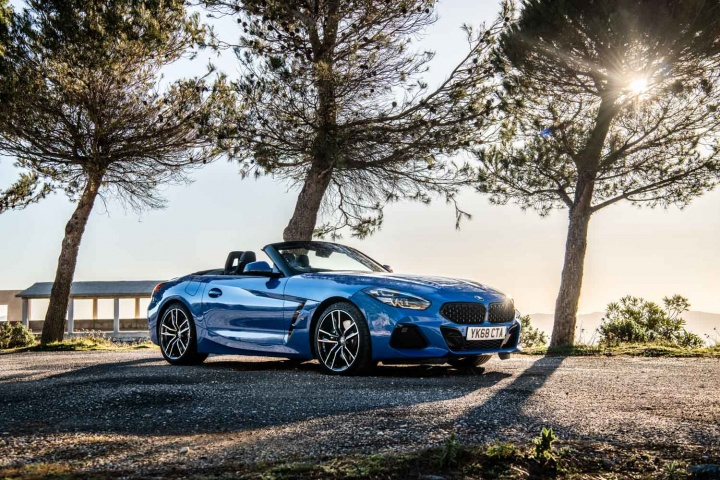 Bmw Z4 Sdrive20i Roadster 2019 Reviews Complete Car
