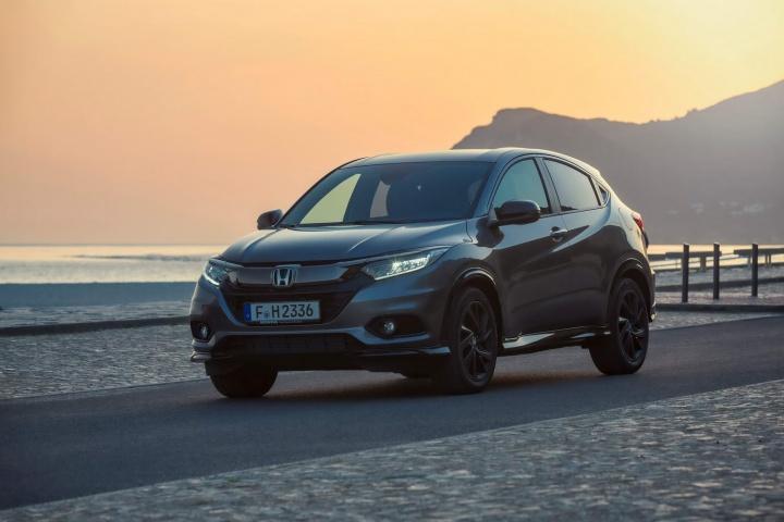 2 Door Range Rover >> Honda HR-V Sport (2019)   Reviews   Complete Car