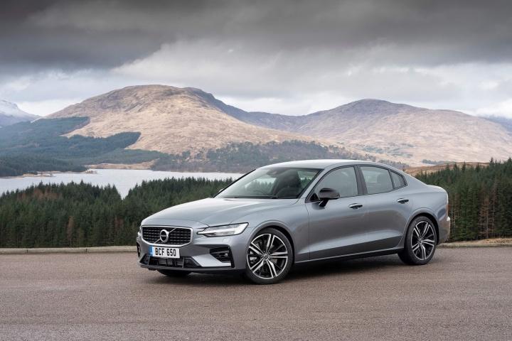 Volvo S60 T5 >> Volvo S60 T5 R-Design (2019) | Reviews | Complete Car