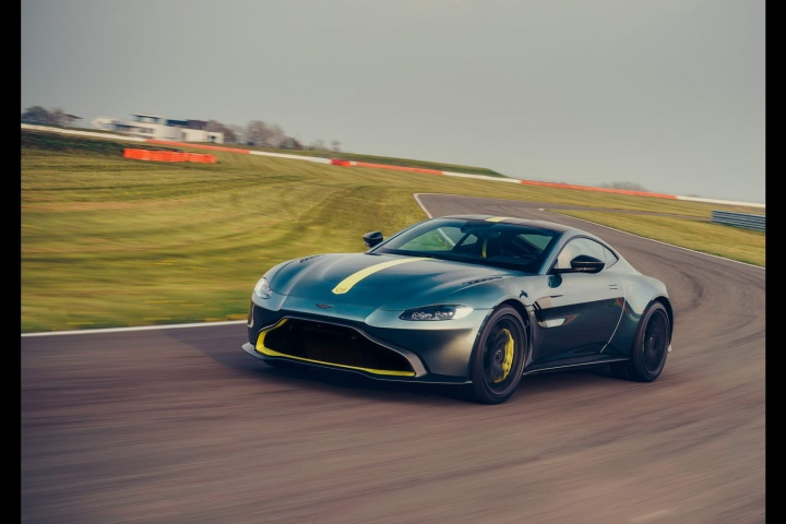 Aston Vantage AMR gets manual gearbox
