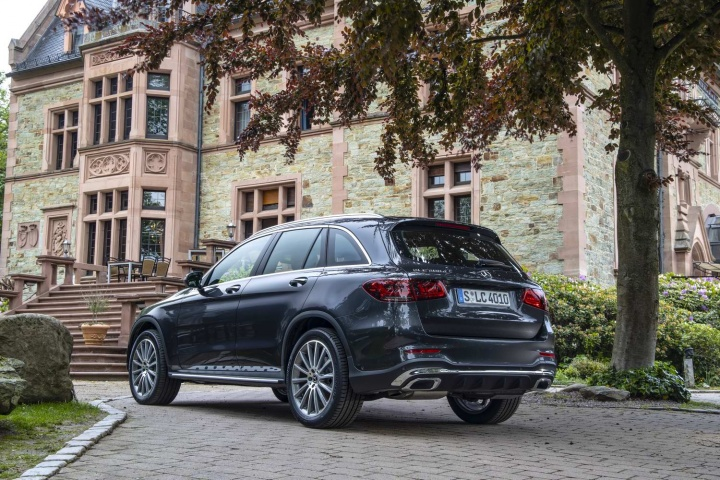 Mercedes-Benz GLC 300 d diesel (2020) | Reviews | Complete Car