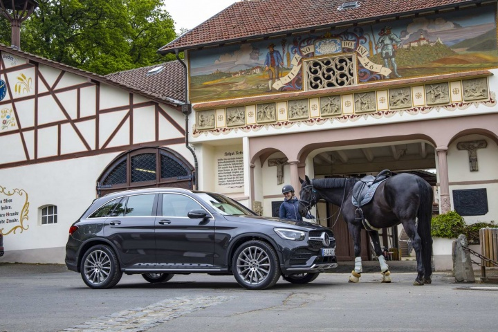 Mercedes-Benz GLC 300 d diesel (2020)   Reviews   Complete Car