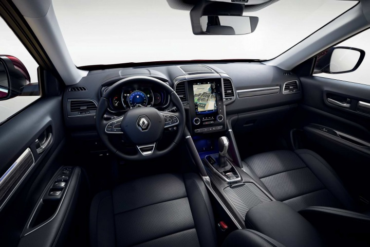 Renault Koleos gets facelift and new engines