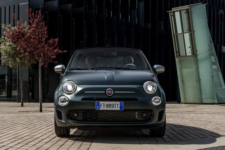 Fiat Hopes New 500 Star And Rockstar Will Shine Car And Motoring