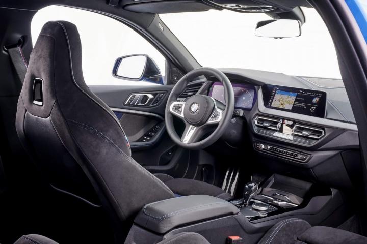 BMW M135i xDrive (2020) | Reviews | Complete Car