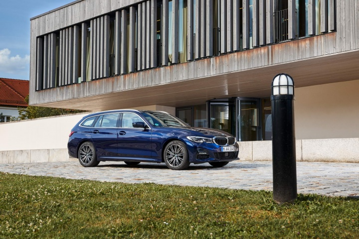 BMW 330d xDrive Touring