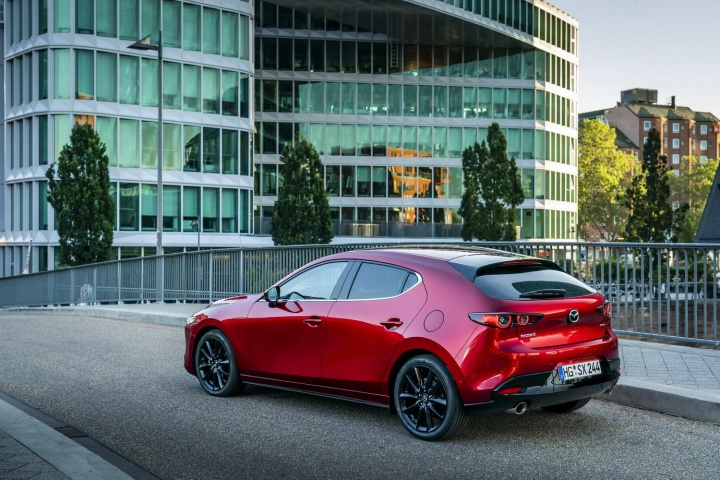 Mazda 3 SkyActiv-X (2020 pre-production)