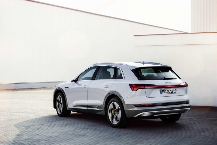 Audi adds entry-point e-tron