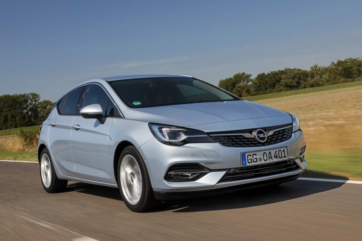 Opel Astra 1 4 Turbo 2020 Reviews Complete Car