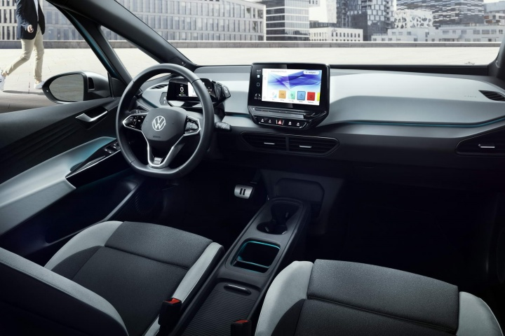 Volkswagen details electric ID.3 for Ireland - car and ...