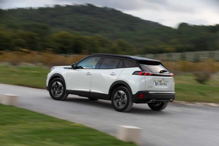 peugeot 2008 puretech 130 gt line 2020 reviews complete car