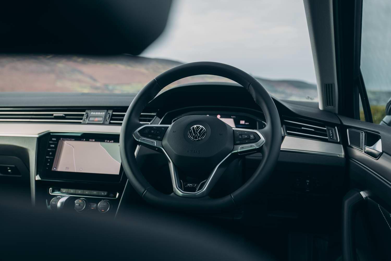 Volkswagen Passat 2 0 Tdi R Line Estate 2020 Reviews Complete Car
