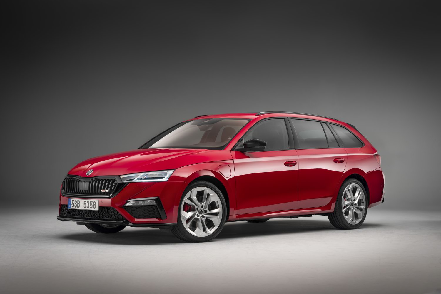 New Skoda Octavia RS to be a hybrid