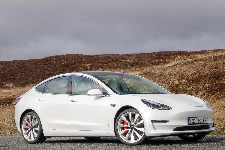 Tesla Model 3 Performance (2020) review