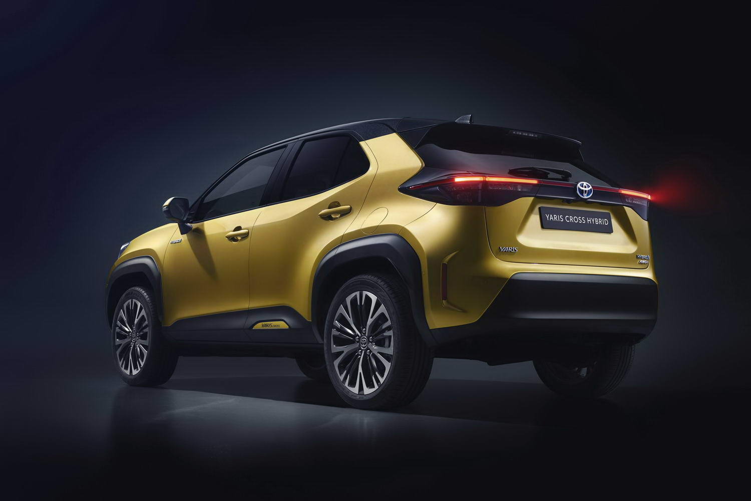Car News | 2021 Toyota Yaris Cross image gallery | CompleteCar.ie