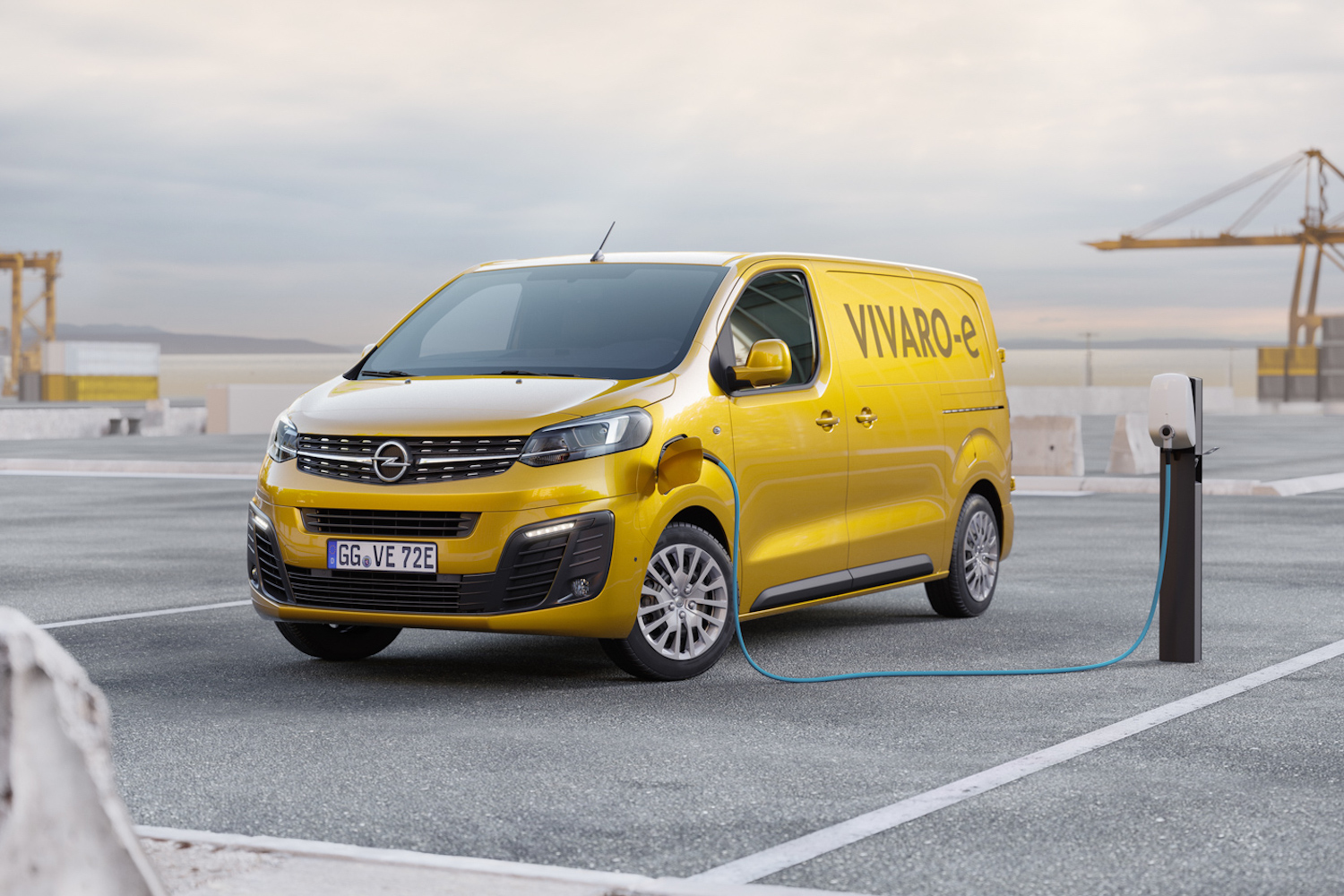 Car News | Opel sets up Vivaro-e for zero emissions deliveries | CompleteCar.ie