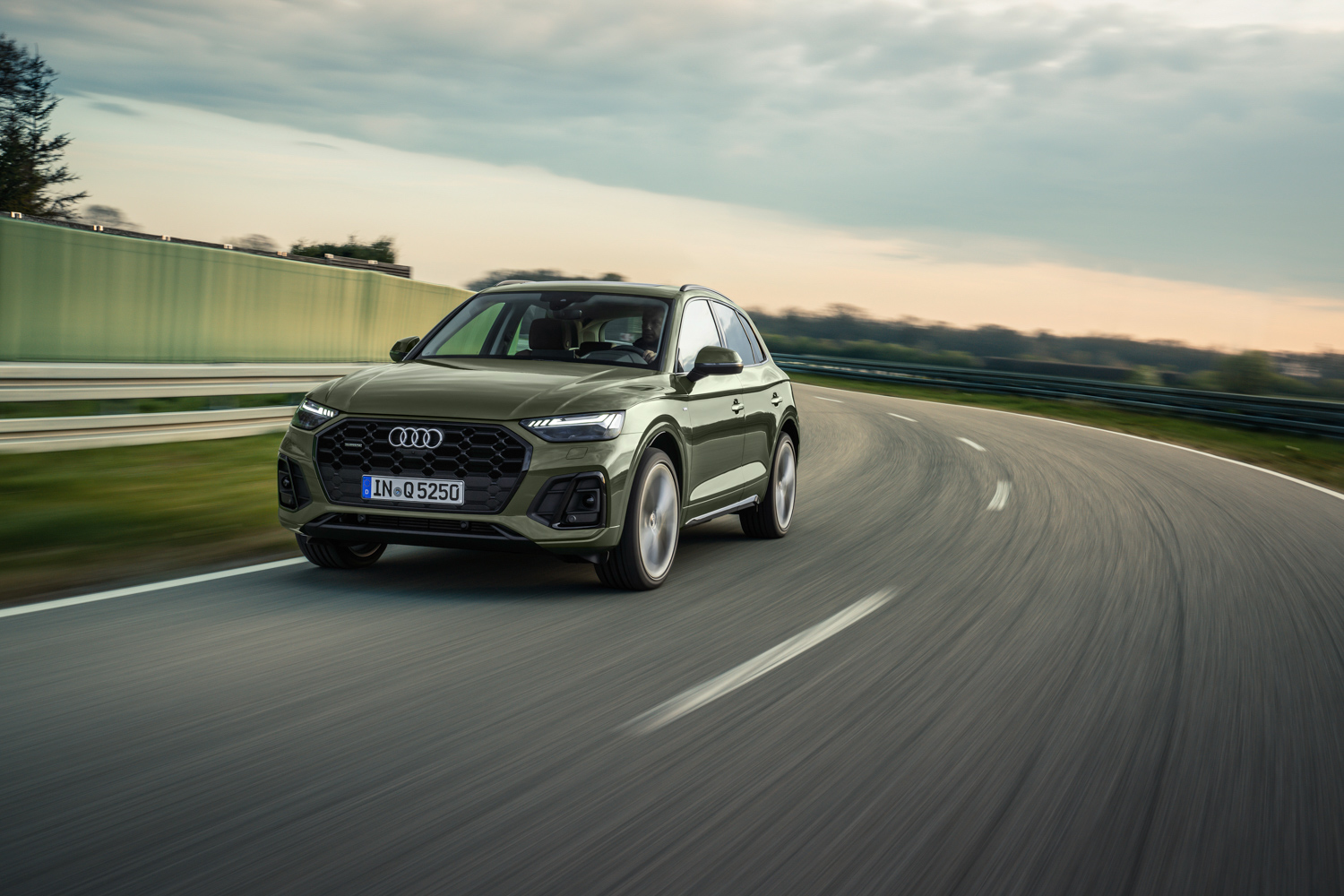 Car News | Audi Q5 gets updated | CompleteCar.ie