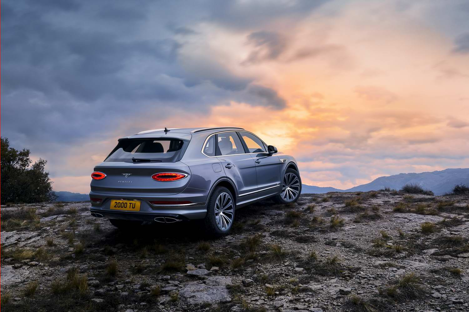 Car News | Bentley refreshes Bentayga SUV | CompleteCar.ie