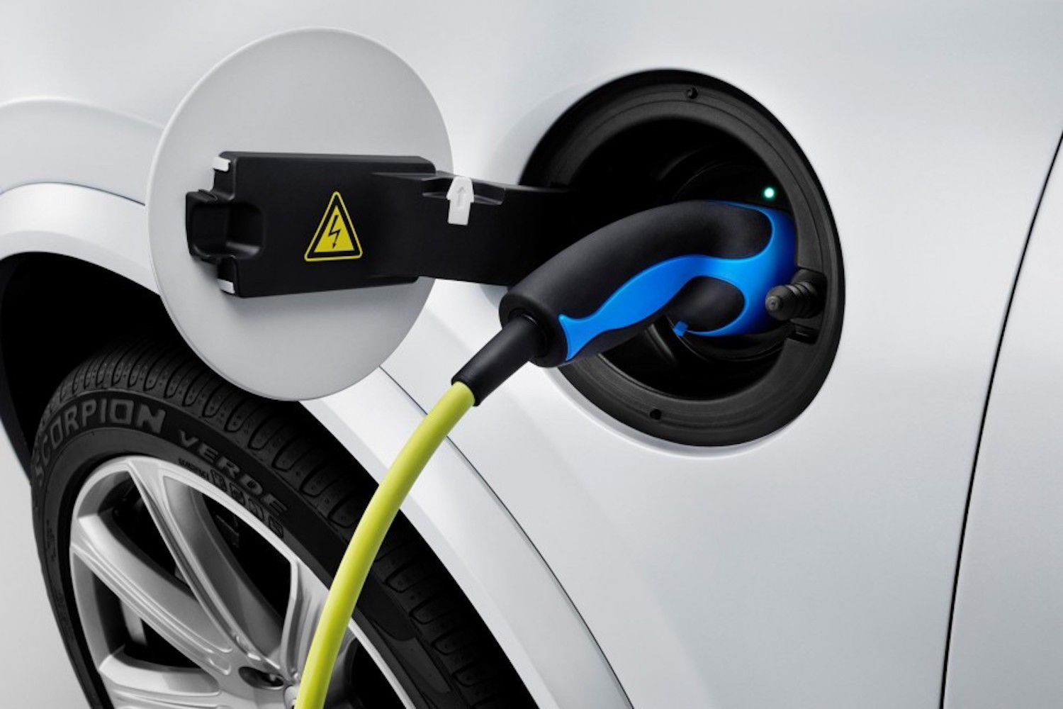 Car News | Charging rates for electric vehicles announced | CompleteCar.ie