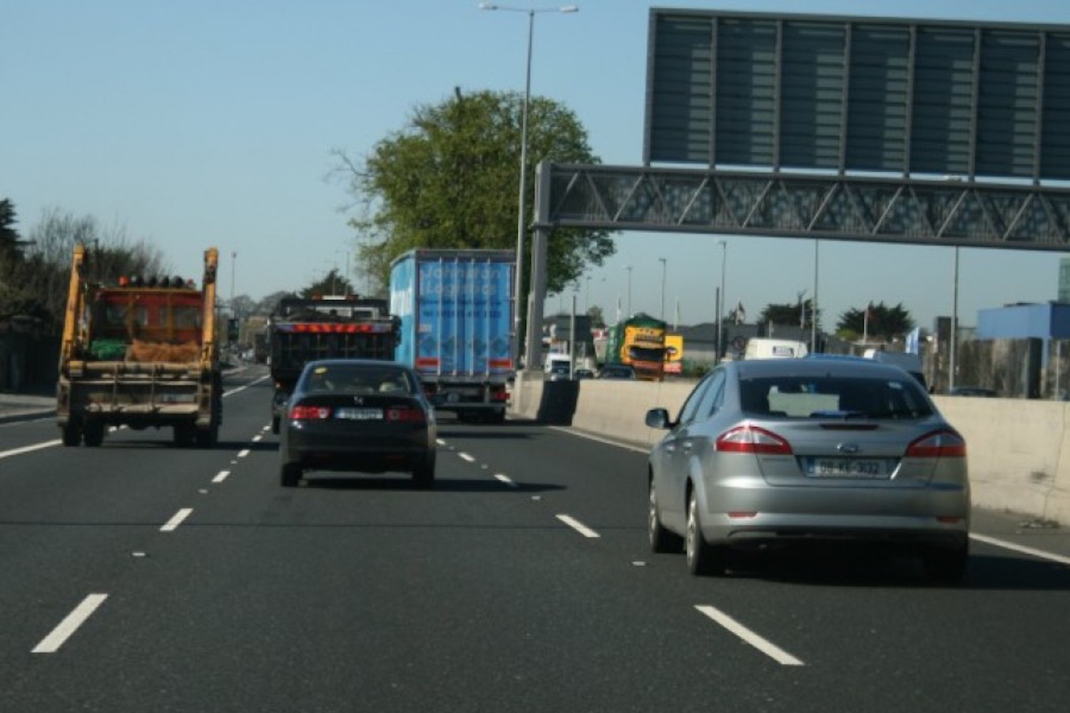 Car News | Speed limits may be cut to trim carbon emissions | CompleteCar.ie