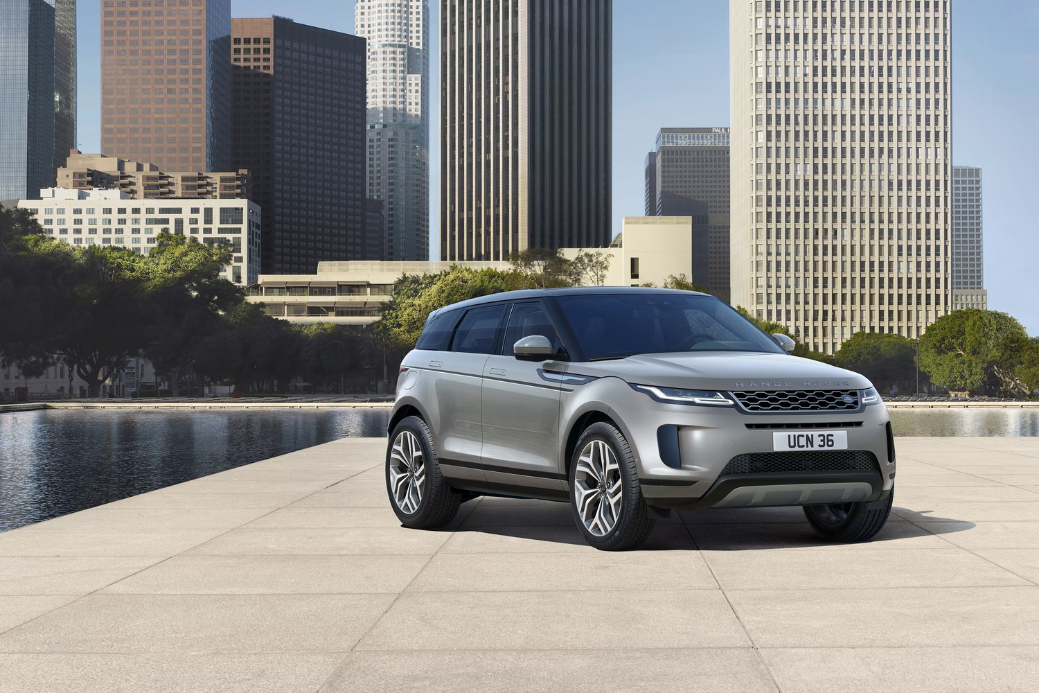 Car News | Update for Evoque and Discovery Sport | CompleteCar.ie