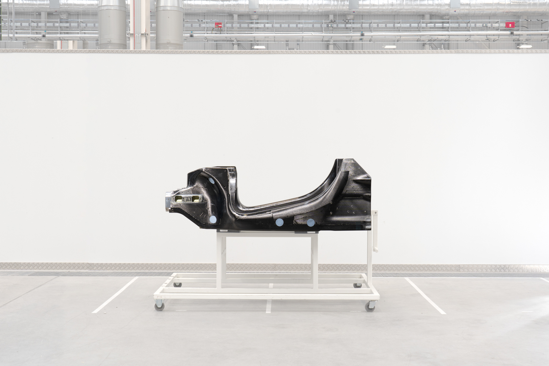 Car News | McLaren reveals new carbon structure | CompleteCar.ie