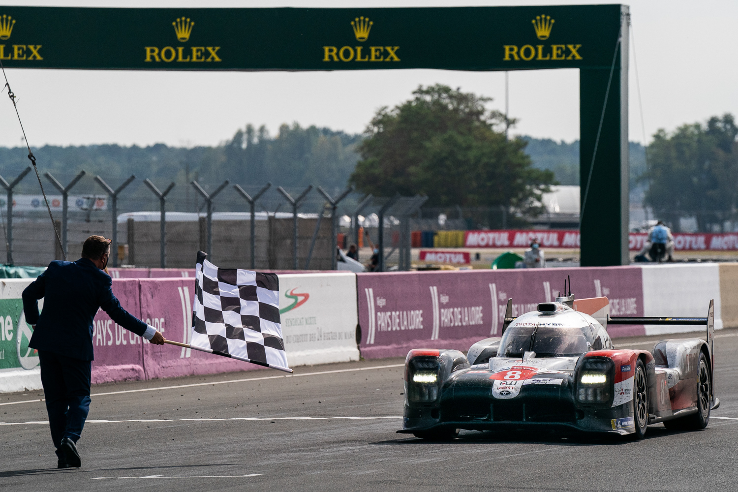 Car News | Toyota makes it 3-in-a-row at Le Mans | CompleteCar.ie