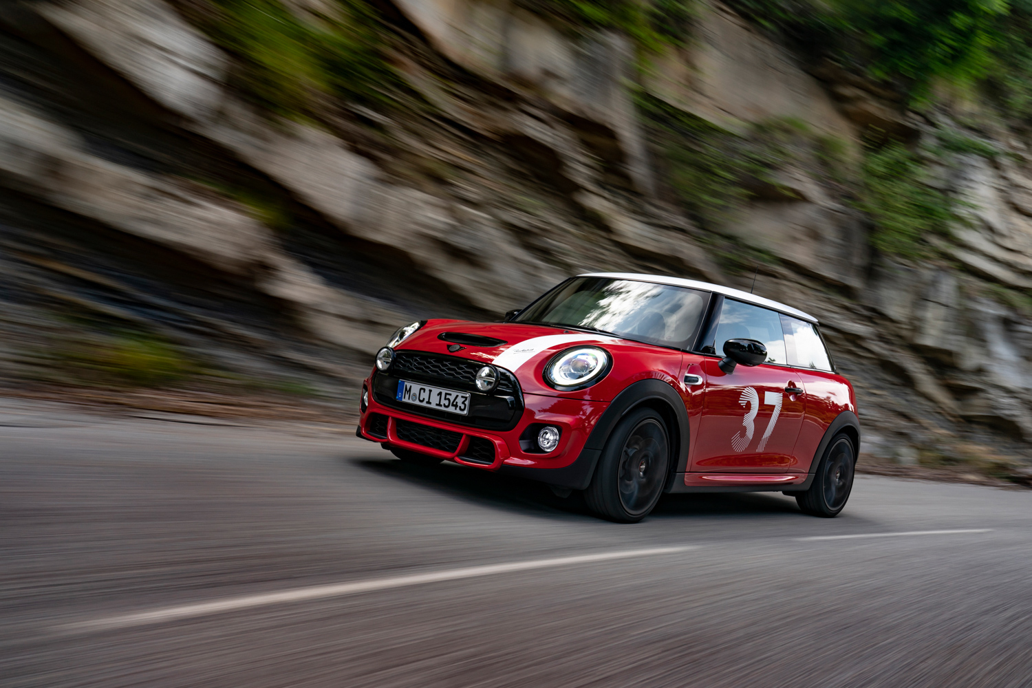 Car News | Paddy Hopkirk special edition MINI goes on sale | CompleteCar.ie