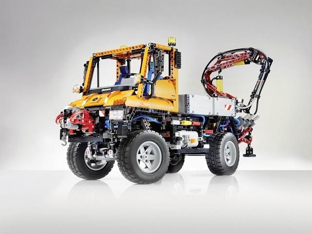 Car News   Lego makes a Unimog   CompleteCar.ie