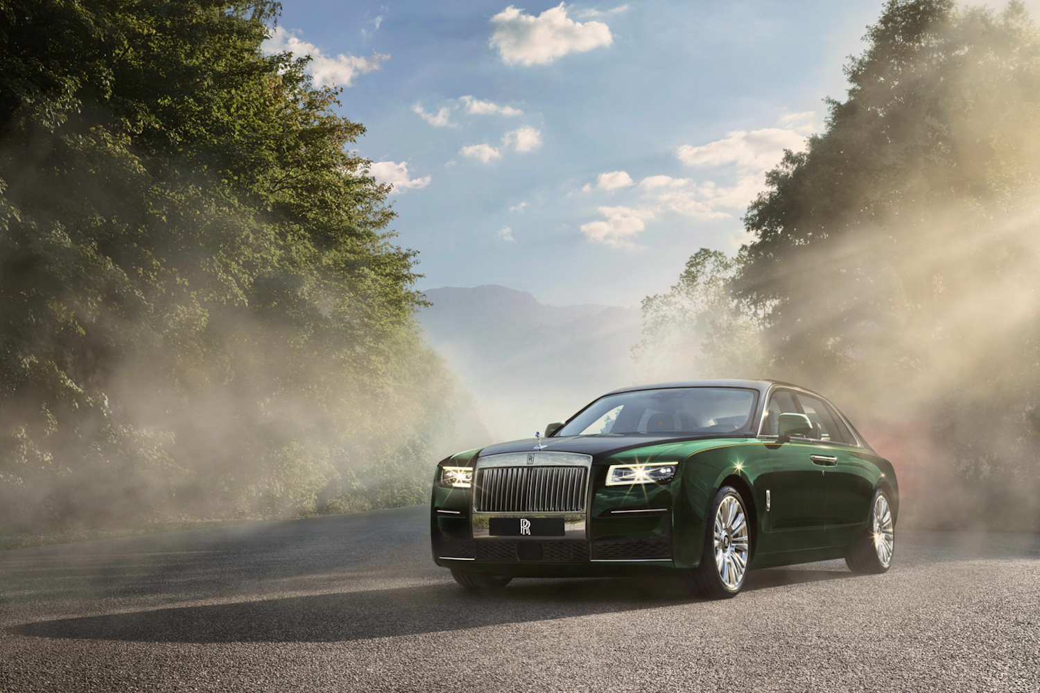 Car News | Rolls-Royce Ghost Extended revealed