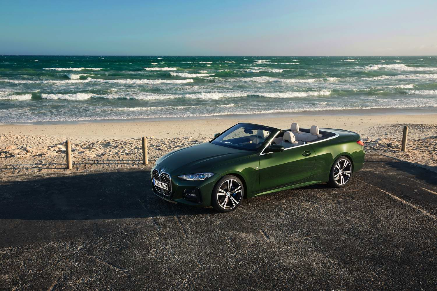 Car News | BMW 4 Series goes soft-top for 2021 | CompleteCar.ie