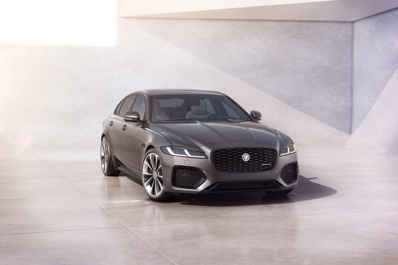 Car News | Jaguar updates XF saloon and estate | CompleteCar.ie