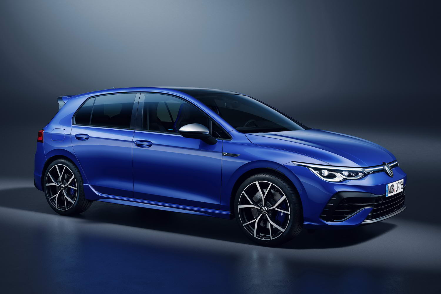 Car News | Volkswagen Golf R gets 320hp and Drift mode | CompleteCar.ie