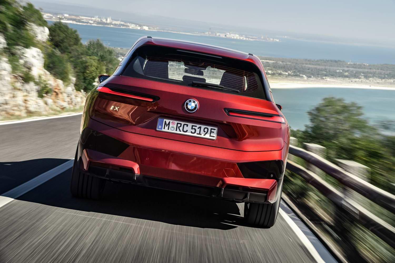 Car News | 2021 BMW iX SUV Sport gallery | CompleteCar.ie