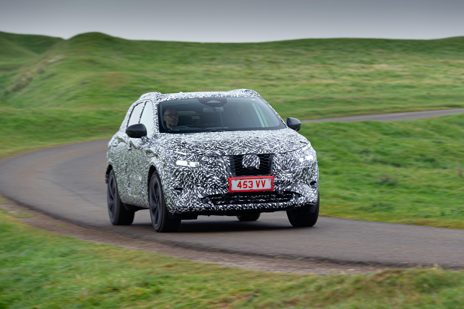 Car News | Nissan's new Qashqai 'breaks cover' | CompleteCar.ie