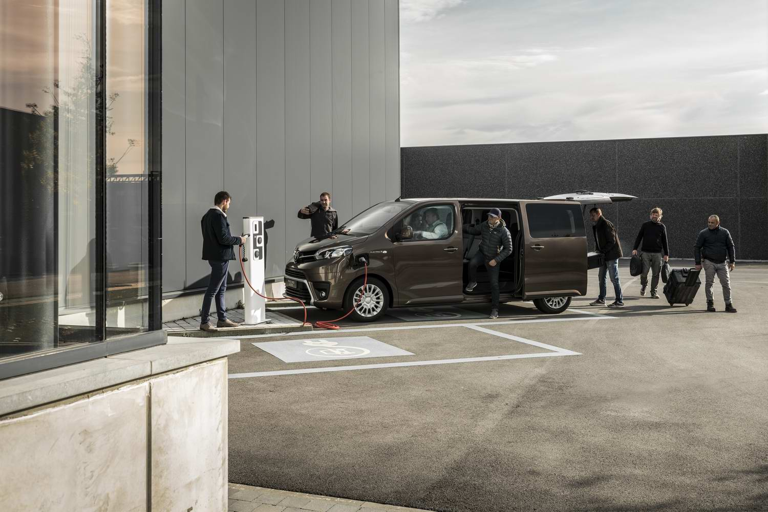 Car News | Toyota launches electric Proace Verso | CompleteCar.ie