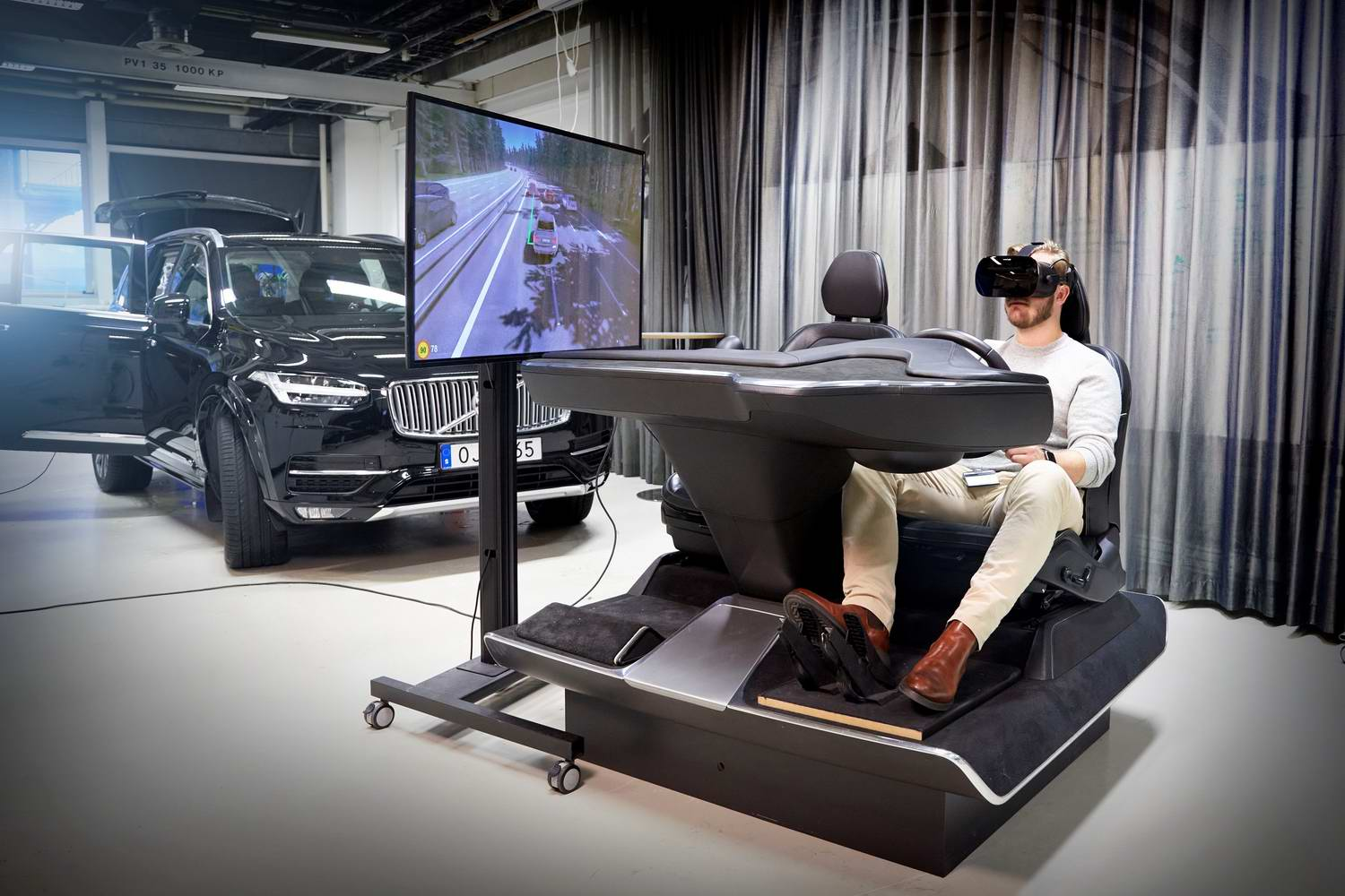 Car News | Volvo shows off 'ultimate driving simulator' | CompleteCar.ie