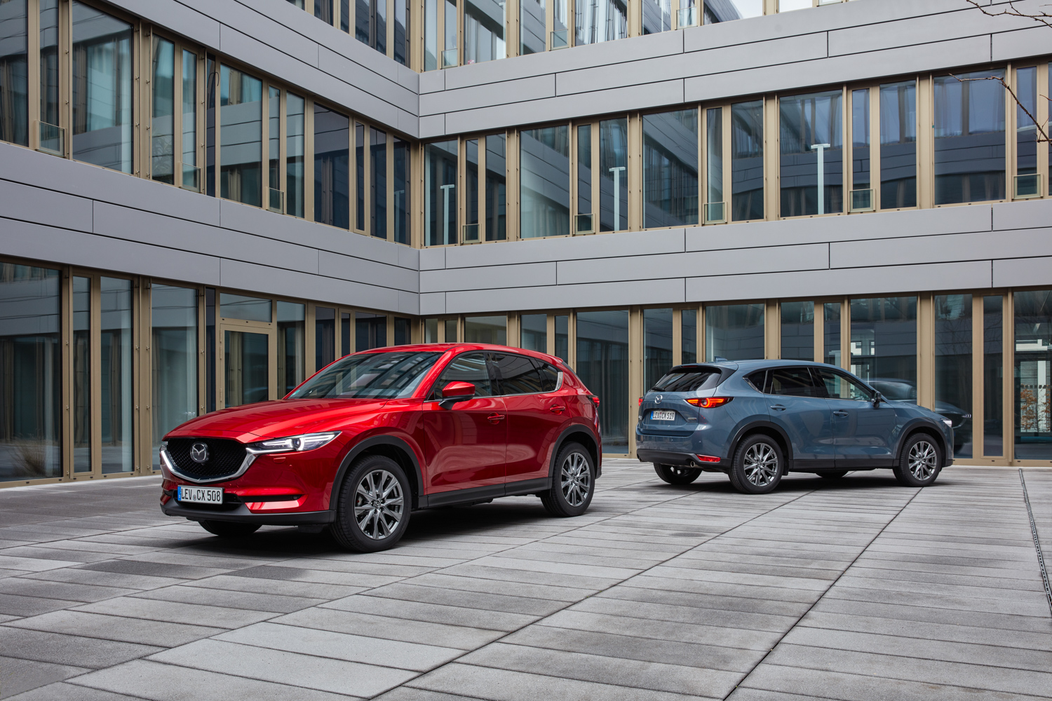 Car News | Mazda gives CX-5 the mildest of freshen-ups | CompleteCar.ie