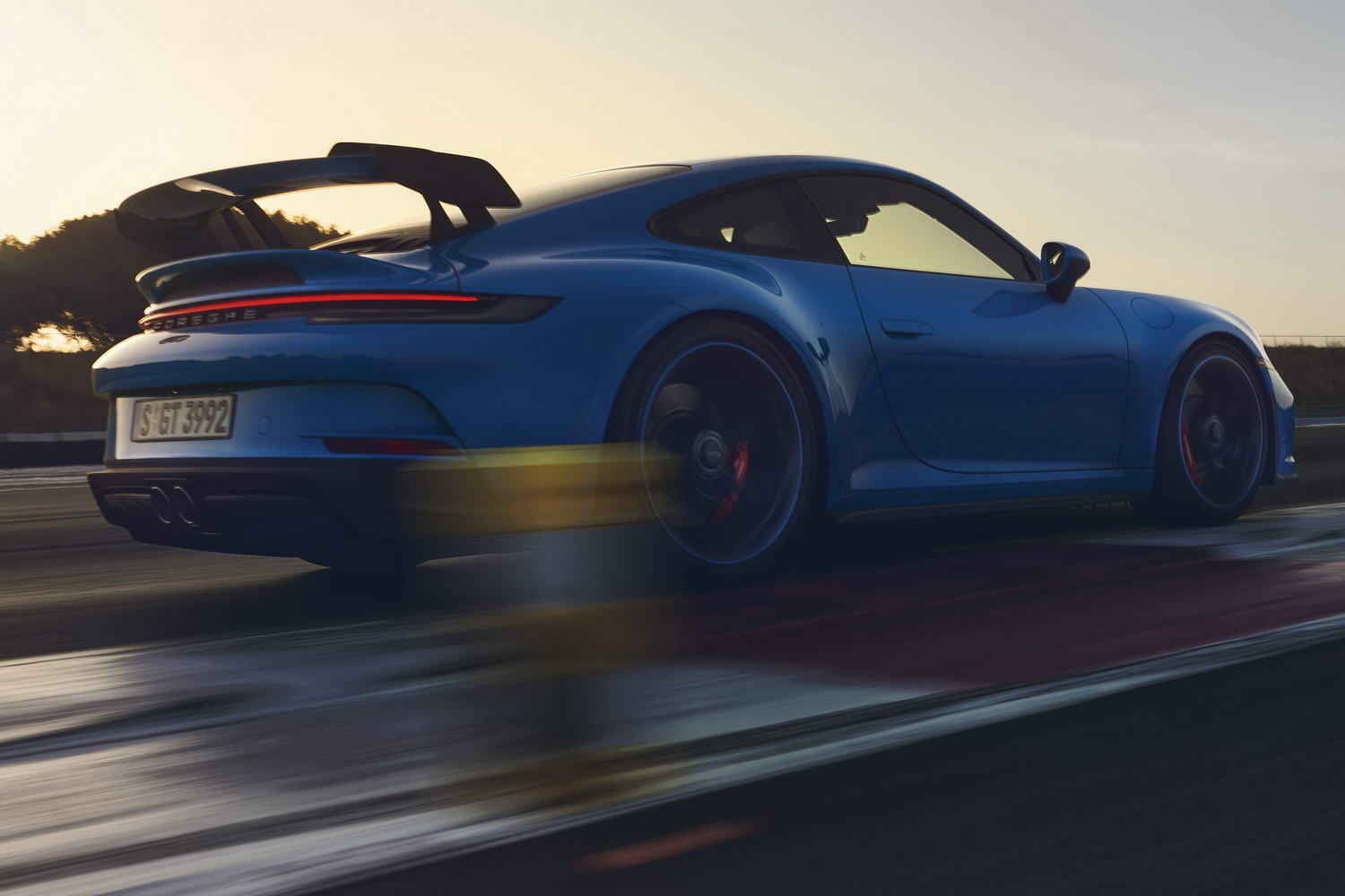 Car News | The 992 Porsche 911 GT3 is here! | CompleteCar.ie