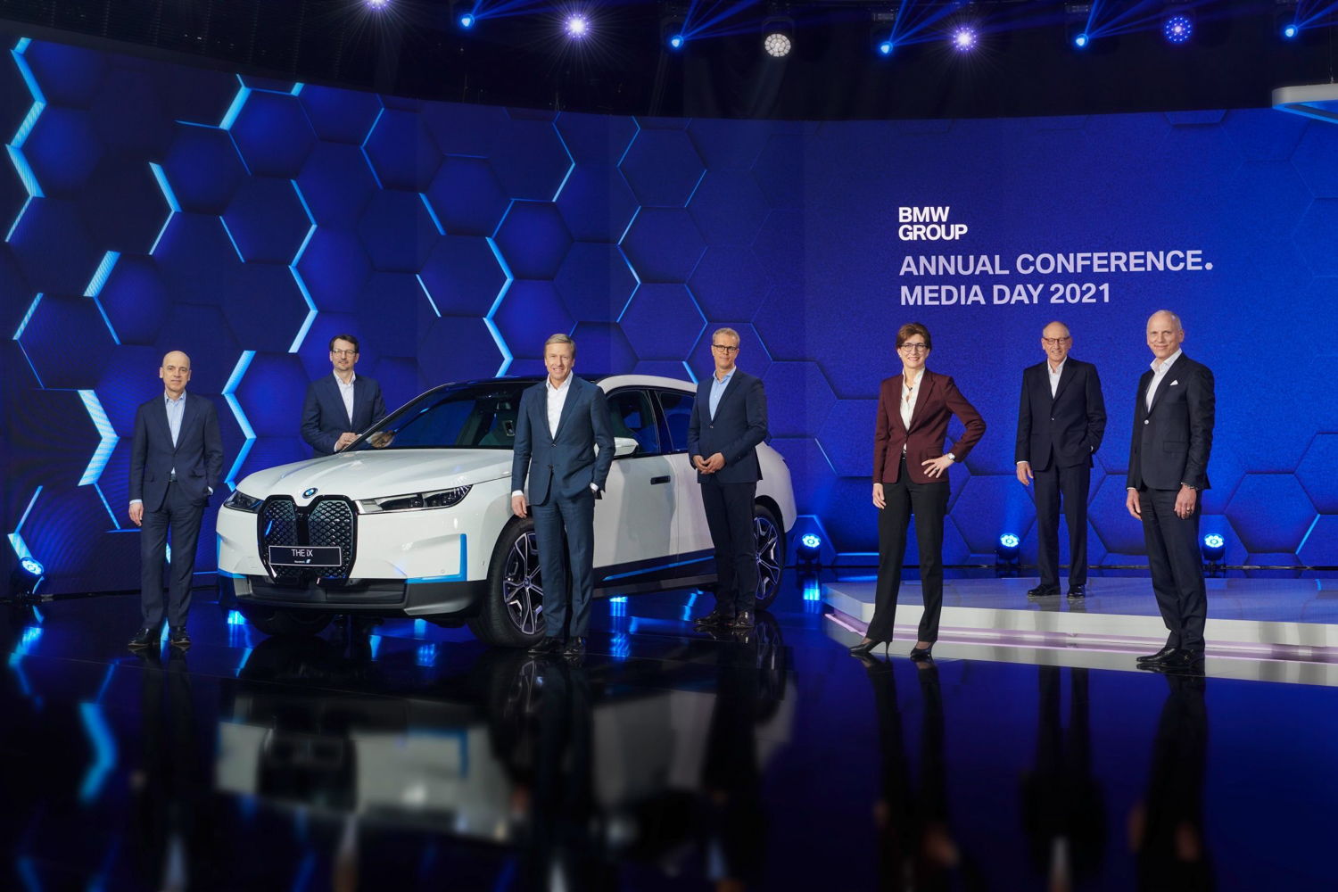 Car News | BMW pushing ahead with electric plans | CompleteCar.ie
