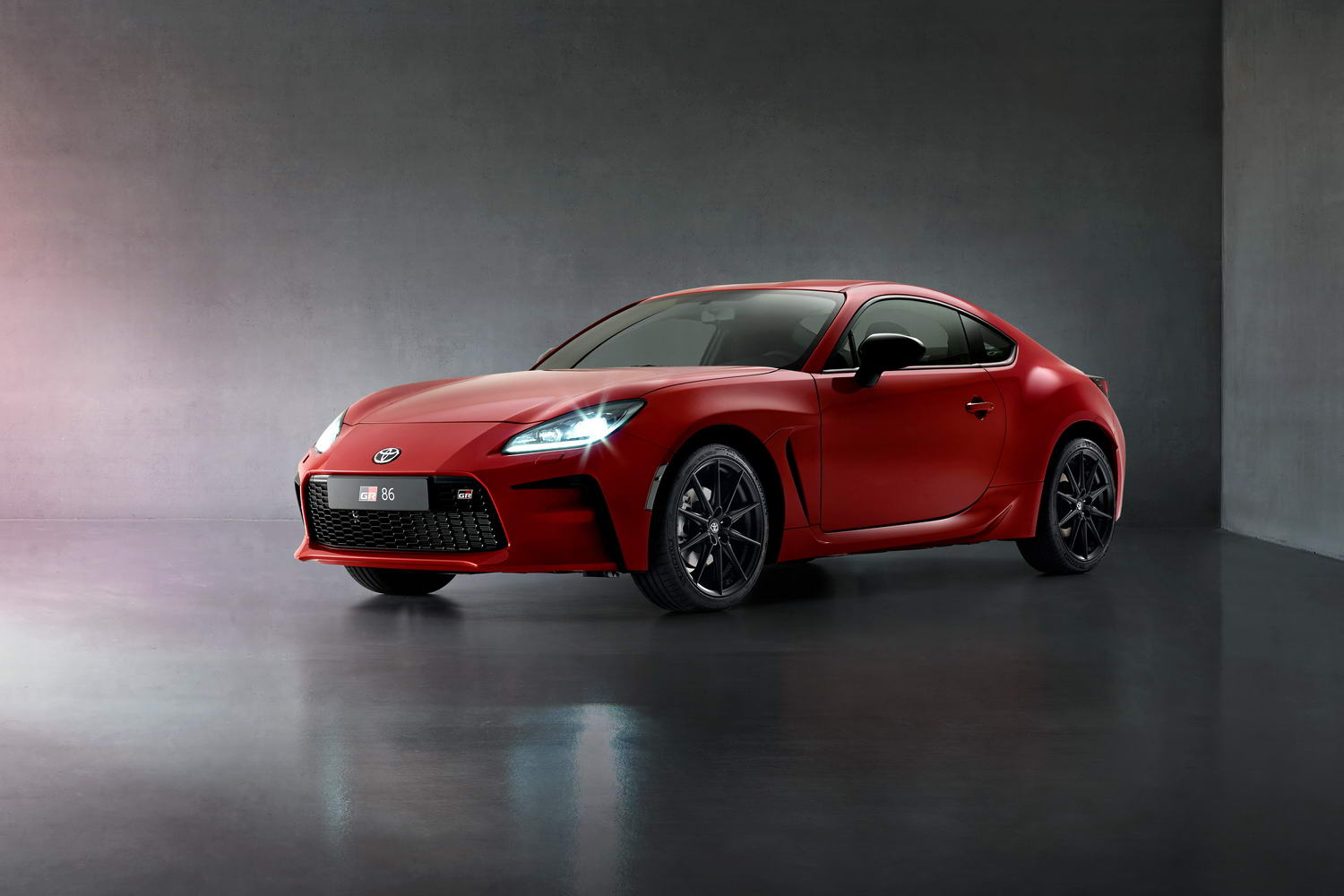 Car News | Toyota GR 86 coupe revealed | CompleteCar.ie