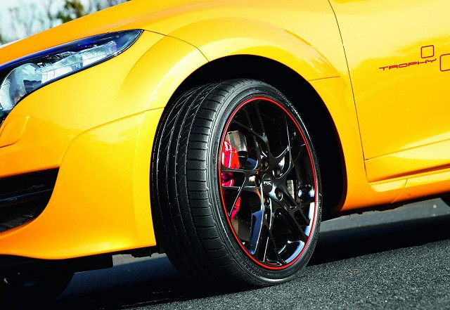 Car News | Limited edition Mégane Renaultsport has 265hp | CompleteCar.ie