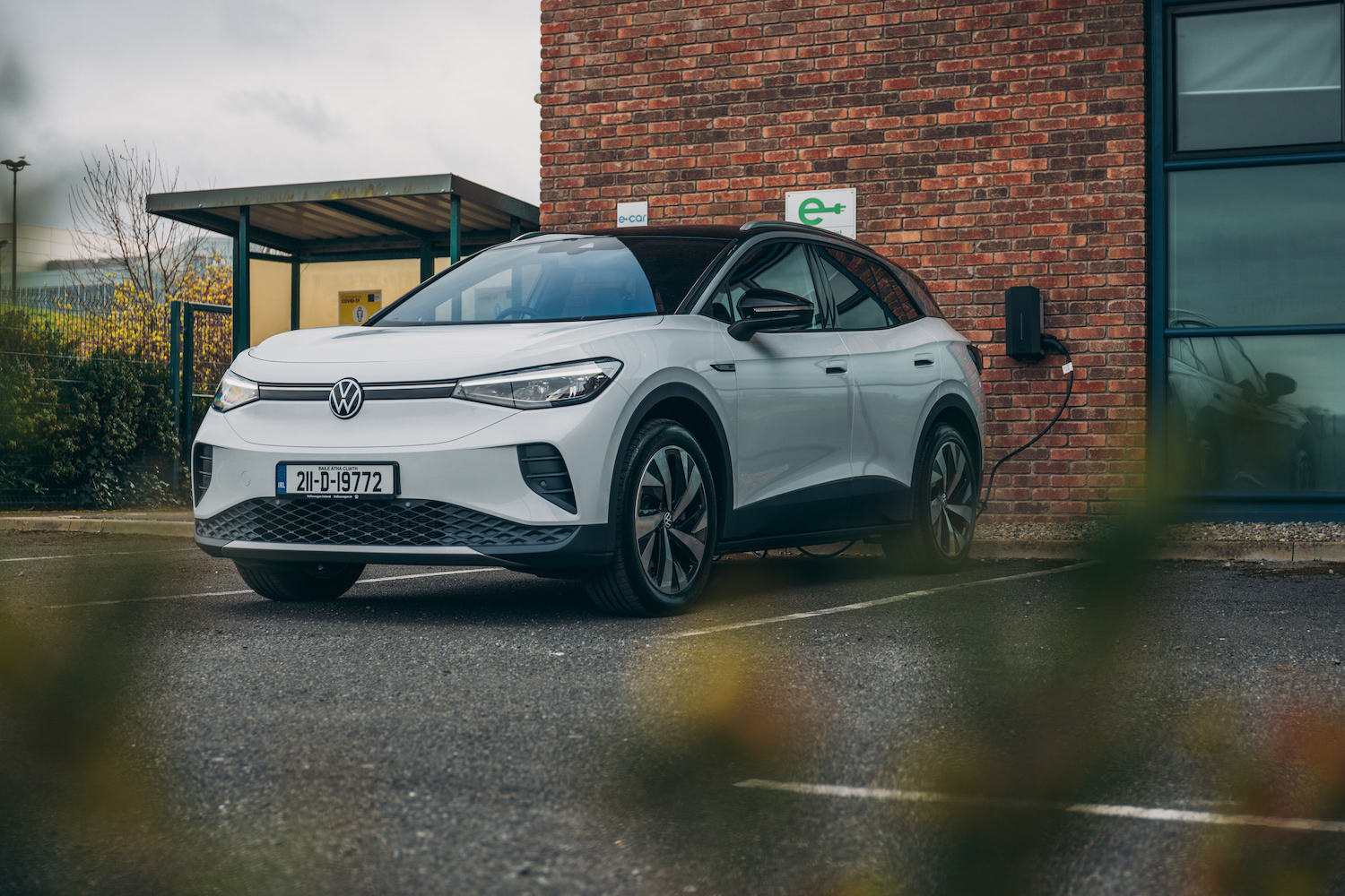 Car News   Volkswagen Ireland free charging points for businesses   CompleteCar.ie