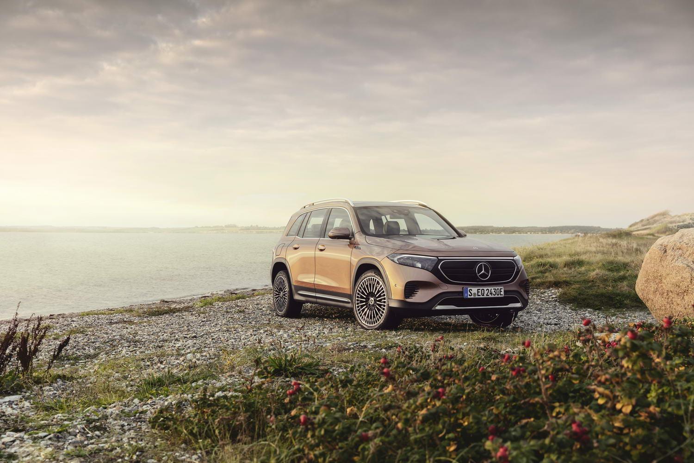 Car News | Mercedes confirms electric seven-seat EQB | CompleteCar.ie