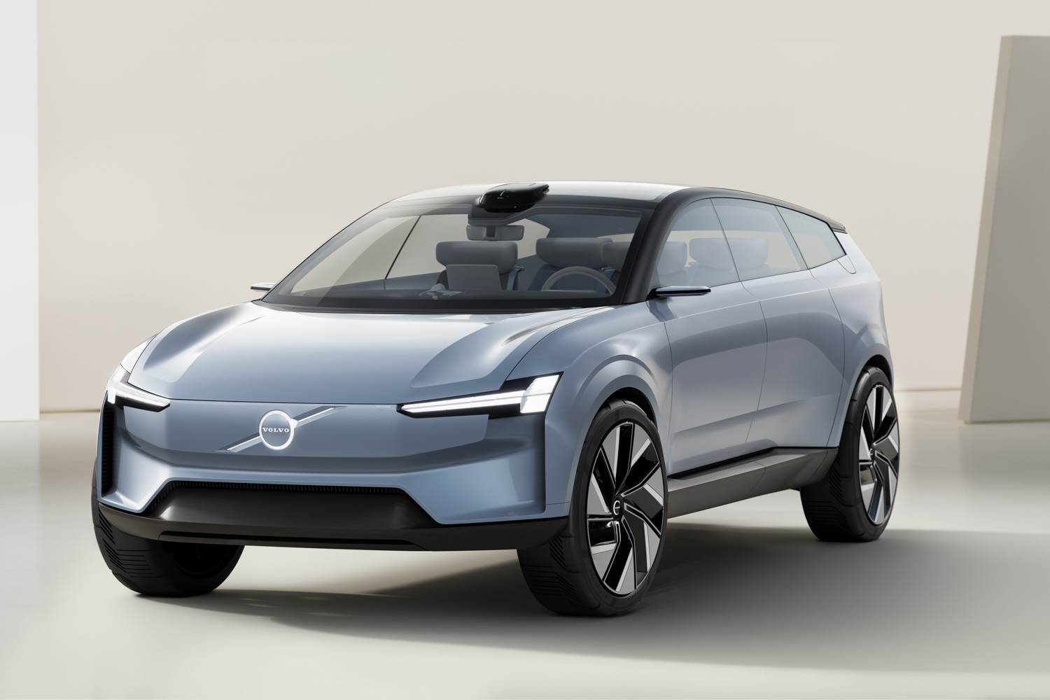 Car News | Volvo's Recharge concept is a 'manifesto' | CompleteCar.ie