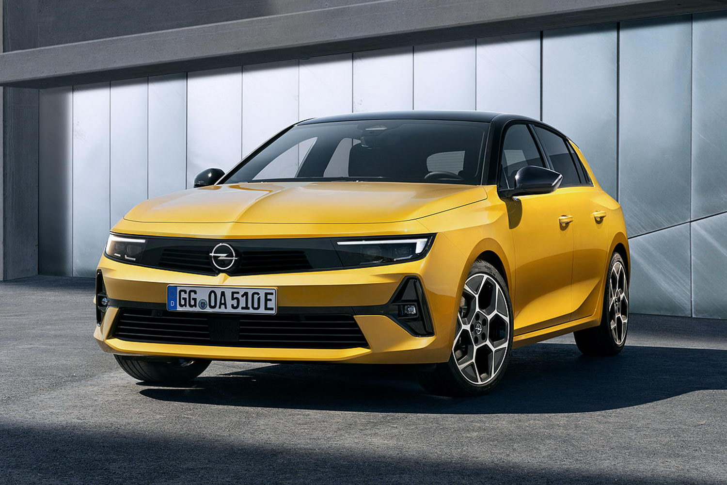 Car News | 2022 Opel Astra revealed for Ireland | CompleteCar.ie