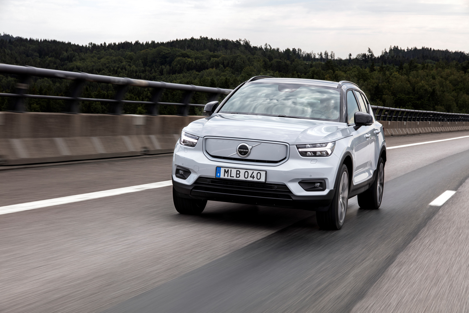Car News | Volvo introduces single-motor electric XC40 Recharge | CompleteCar.ie