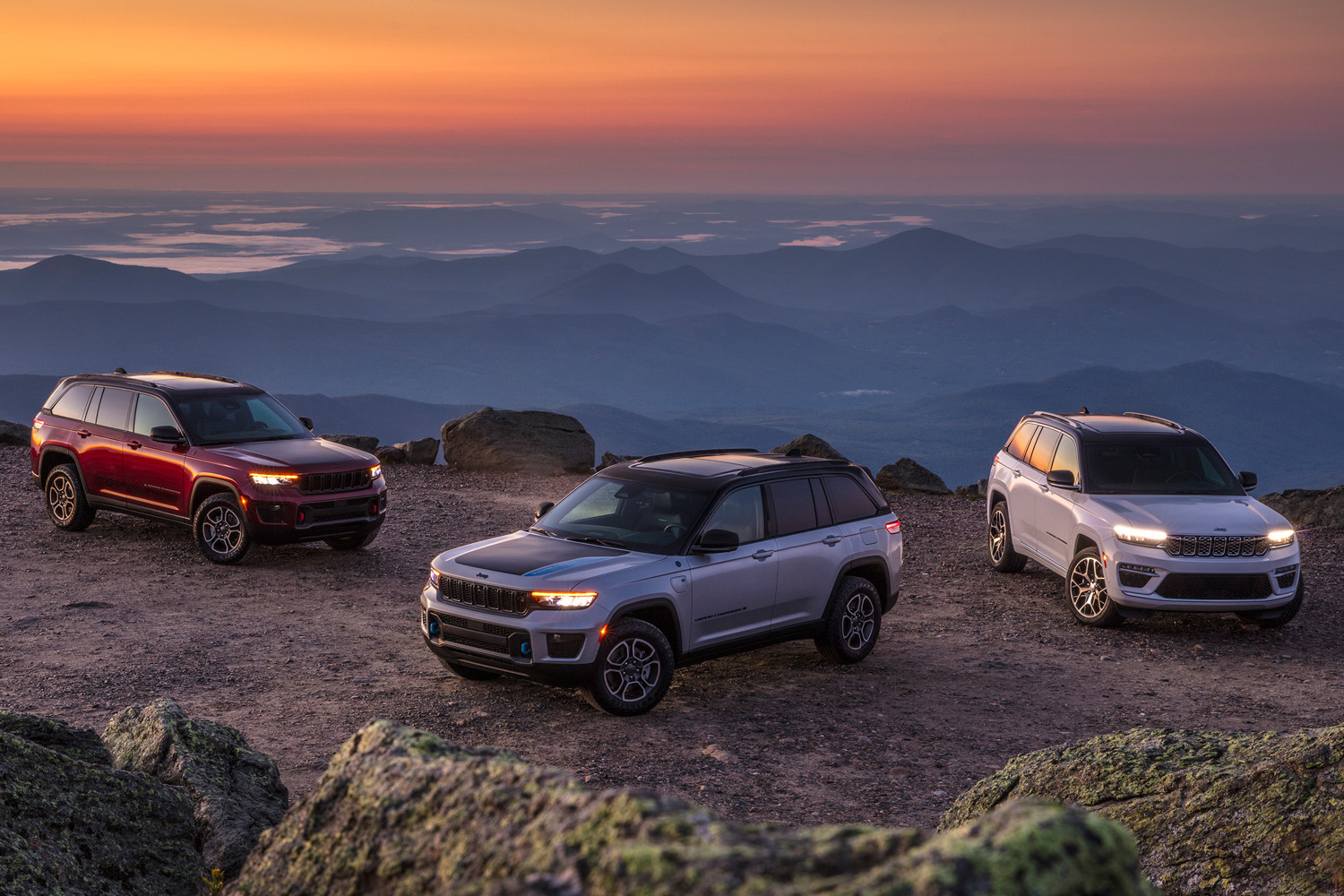 Car News | Jeep announces all new Grand Cherokee for 2022 | CompleteCar.ie