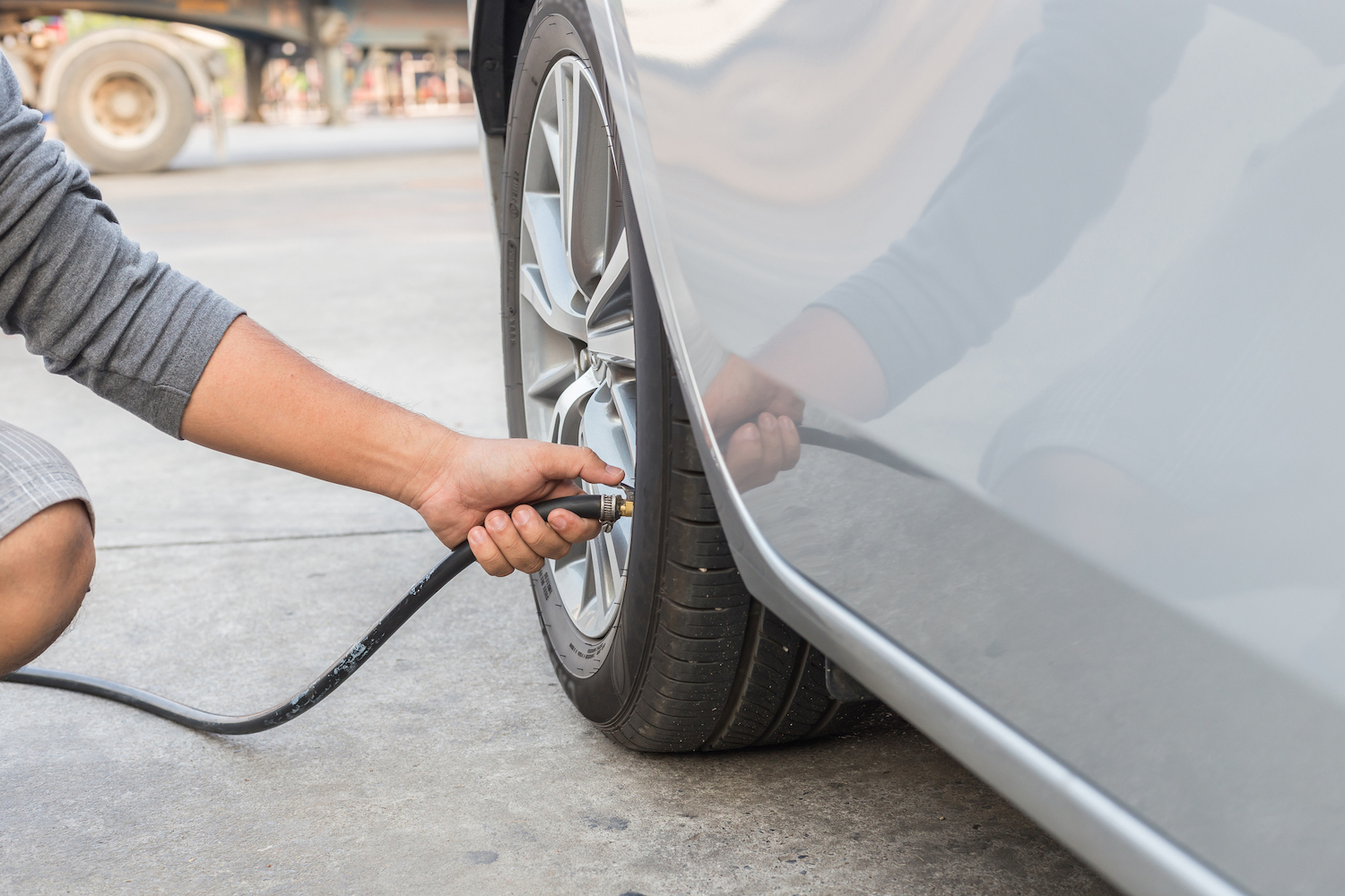 Car News   RSA pleads with motorists to check tyres   CompleteCar.ie